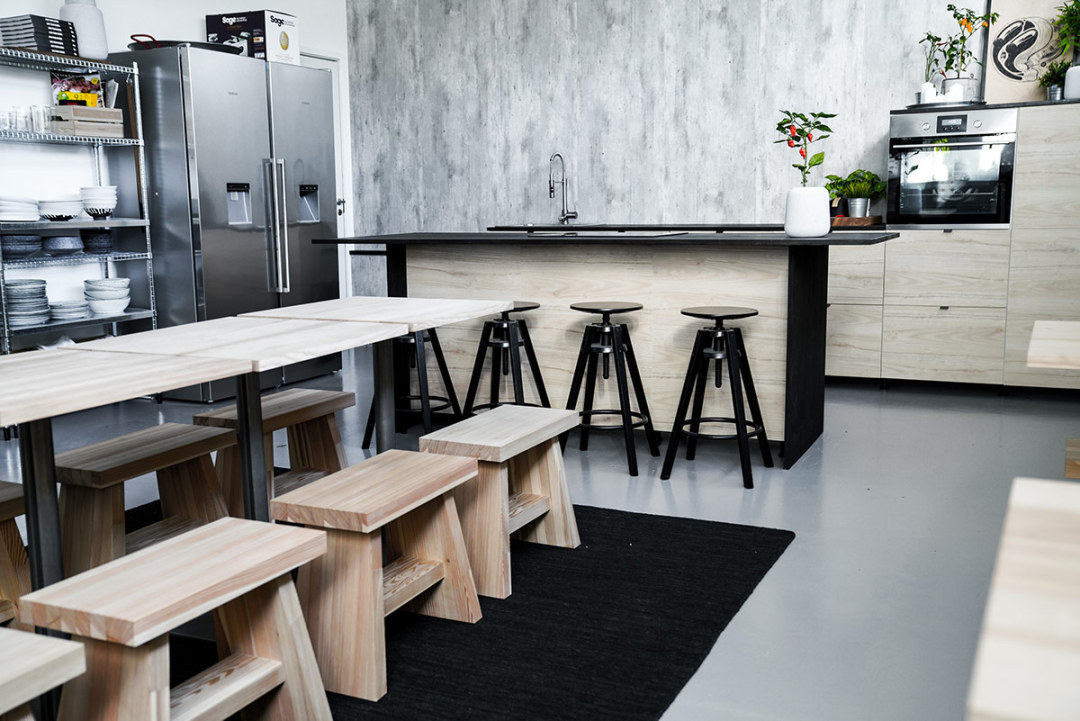 Big South Malmö studiokök för matfotografering med matbord och köksö